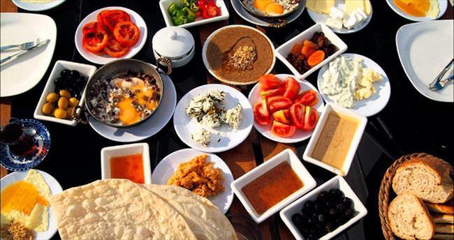 Çocuklarda Sağlıklı Kahvaltı Alışkanlığı Başarıyı Artırıyor