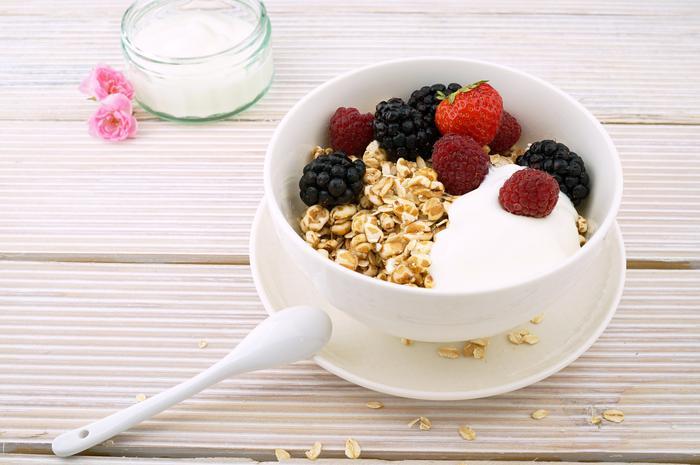3. Meyveli probiyotik yoğurt