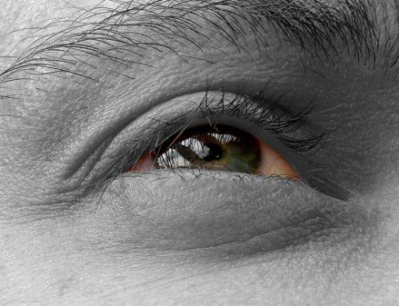 Göz siniri kuruması nedir? Göz siniri kuruması tedavi edilebilir mi?