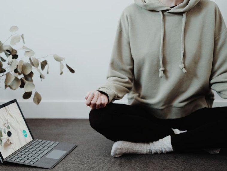 Yeni Başlayanlar İçin Evde Meditasyon Teknikleri